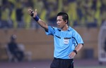 Referee Vũ suspended after mistakes in V.League match