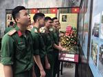Exhibition displays portraits of nation's heroes