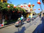 VN tourism sector sets new record for foreign arrivals