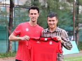 HCM City say goodbye with former MU player