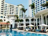 Hanoi Daewoo Hotel receives ASEAN Business Award for Tourism