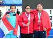 National champs begins with first gold to shot put champ