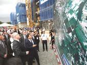 Australian PM visits F1 circuit in Hà Nội