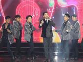 Songstress wins two Mai Vàng Awards