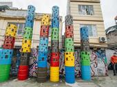 Walking tour to Phúc Tân public art project