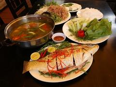 Why carp hotpot sells like hot cakes in VN