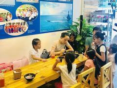 Coffee shop brings Trường Sa to the heart of Hà Nội
