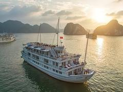 Hạ Long Bay welcomes its most luxurious day cruise ever