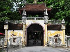 National treasures aplenty at Ha Noi pagoda