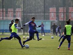 Park to fix Việt Nam's problem ahead of Australia clash