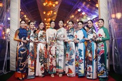 Folk art becomes top fashion