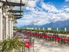 Silk Path Grand Resort Spa Sapa wins two World Luxury Hotel Awards