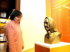 Showcase room featuring Vietnamese Heroic Mothers opens
