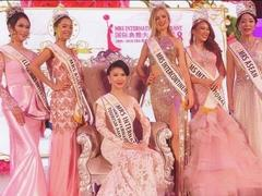 Vietnamese woman wins Mrs International 2018