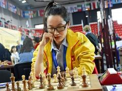 Phụng knocked out at Women's World Chess Champ 2018