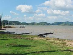 Go off the beaten track in beatiful Đắk Lắk