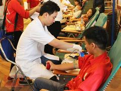 Bắc Giang keeps blood donors in the family