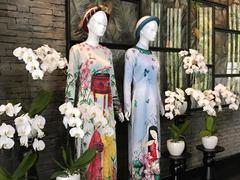 6-star resort hosts áo dài exhibition of famous designers