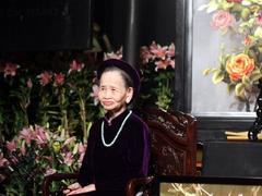 Veteran Huế singer passes away