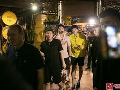 S. Korean artist stars meet head coach Park Hang-seo at Quán Ăn Ngon in Hà Nội