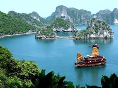 Quảng Ninh to make tourism key economic sector: director