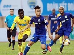 10-man Bình Dương draw Thanh Hóa in V.League