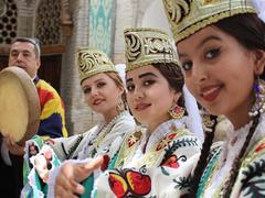 Uzbek art troupe to perform in Việt Nam