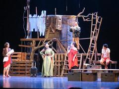 Việt Nam Youth Theatre celebrates 40th anniversary