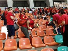 Vietnamese football fans praised after defeat