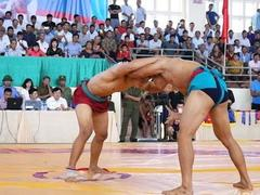 Vĩnh Phúc triumph at national wrestling champs