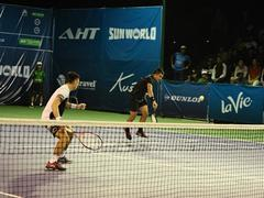 Local duo lose in the first round of Việt Nam Open