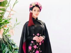 Show celebrates designer's25 years in fashion