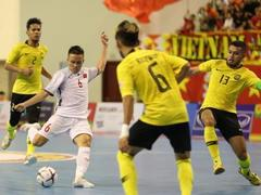 Việt Nam reaches semi-finals with a 4-2 victory over Malaysia in AFF Futsal tourney