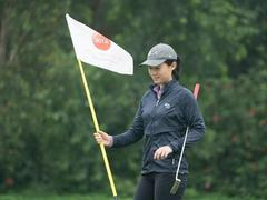 Bluffs takes steps to put a Tiger in Việt Nam's junior golf tank