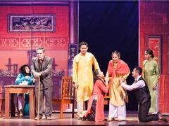 HCM City's private drama troupecelebrates 10-year anniversary