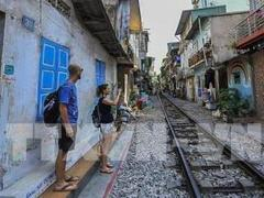 Hà Nội Train Street among Top 8  over-touristed sites