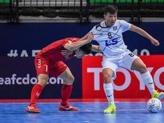 Trí and Huy to compete for Japanese futsal club