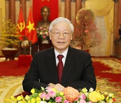 Leader sends greetings, wishes for achievements in 2019