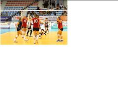 BIB defeat Đức Giang Hà Nội in int'l volleyball event