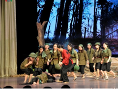 Play on female soldiers staged in HCM City