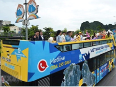 The open-top double decker buses service in Quảng Ninh