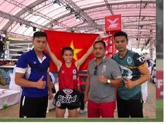 Hiếu wins gold at World Muay Thai Championships