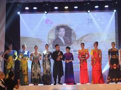 VN designer to exhibit at NY Couture Fashion Week 2019
