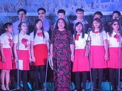 Hope choir presents concert to celebrate HN's anniversary