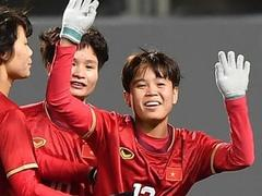Minister Thiện congratulates Việt Nam women's football team