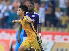 Midfielder Hùng's time to shine