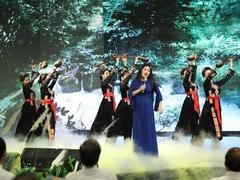 Art exchange celebrates Hồ Chí Minh's birthday