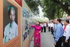 Exhibition sheds light on President Hồ Chí Minh's fight for peace