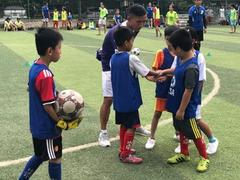 Virtual training programme for amateur football coaches begins