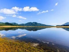 Núi Một Lake, a perfect getaway destination